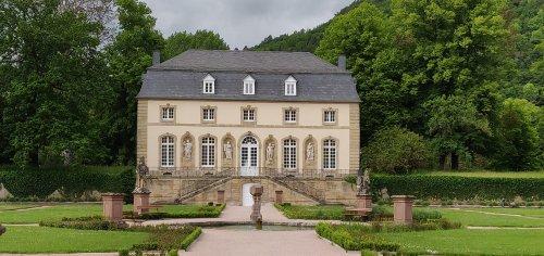 luxemb